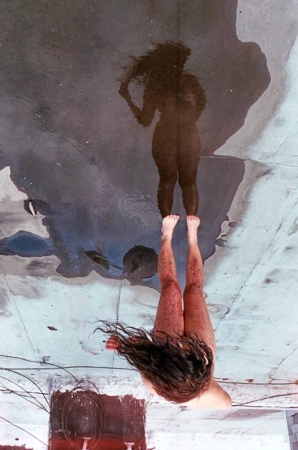Imagem de espelho.