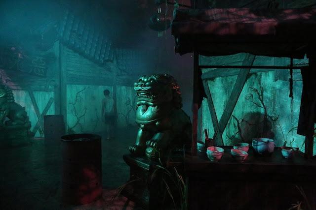 "<a href=""http://mataram.info/things-to-do-in-bali/visitindonesia-banda-marine-life-the-paradise-of-diving-topographic-point-inward-fundamental-maluku/"">Indonesia</a>best destinations : Afterwards Dark: Halloween Horror Nighttime 5, Universal Studios Singapore"