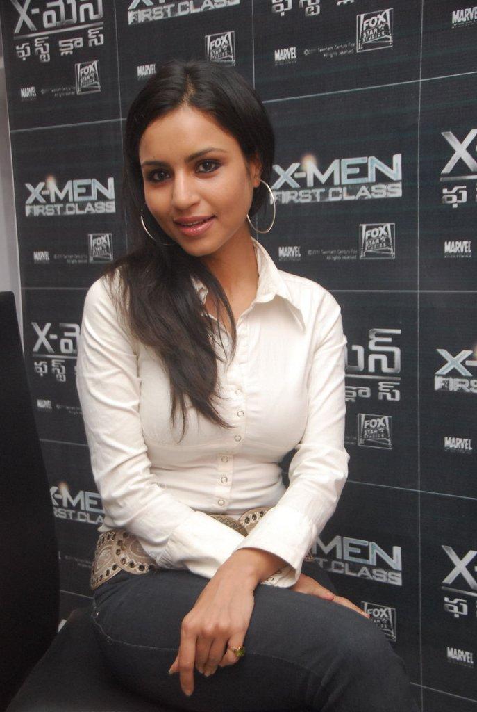 , Tamil Actress Aparna Sharma Latest Stills