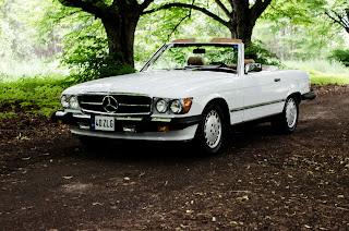 20 Mercedes-Benz 560SL R107 1988