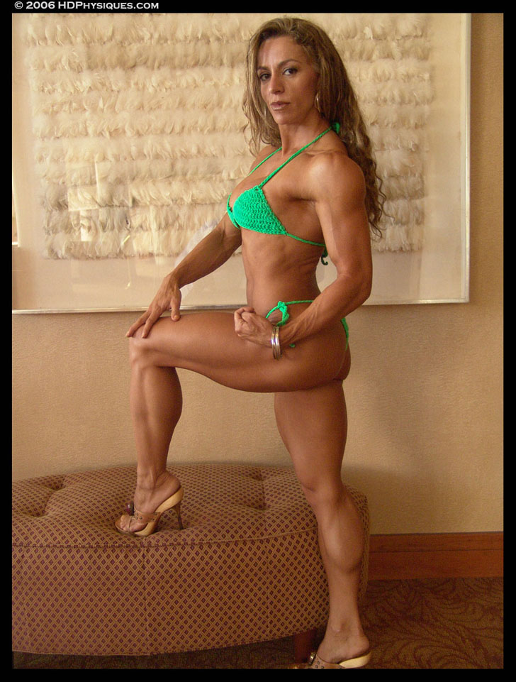 Juliana Malacarne Posing Her Fit Physique In A Green Bikini