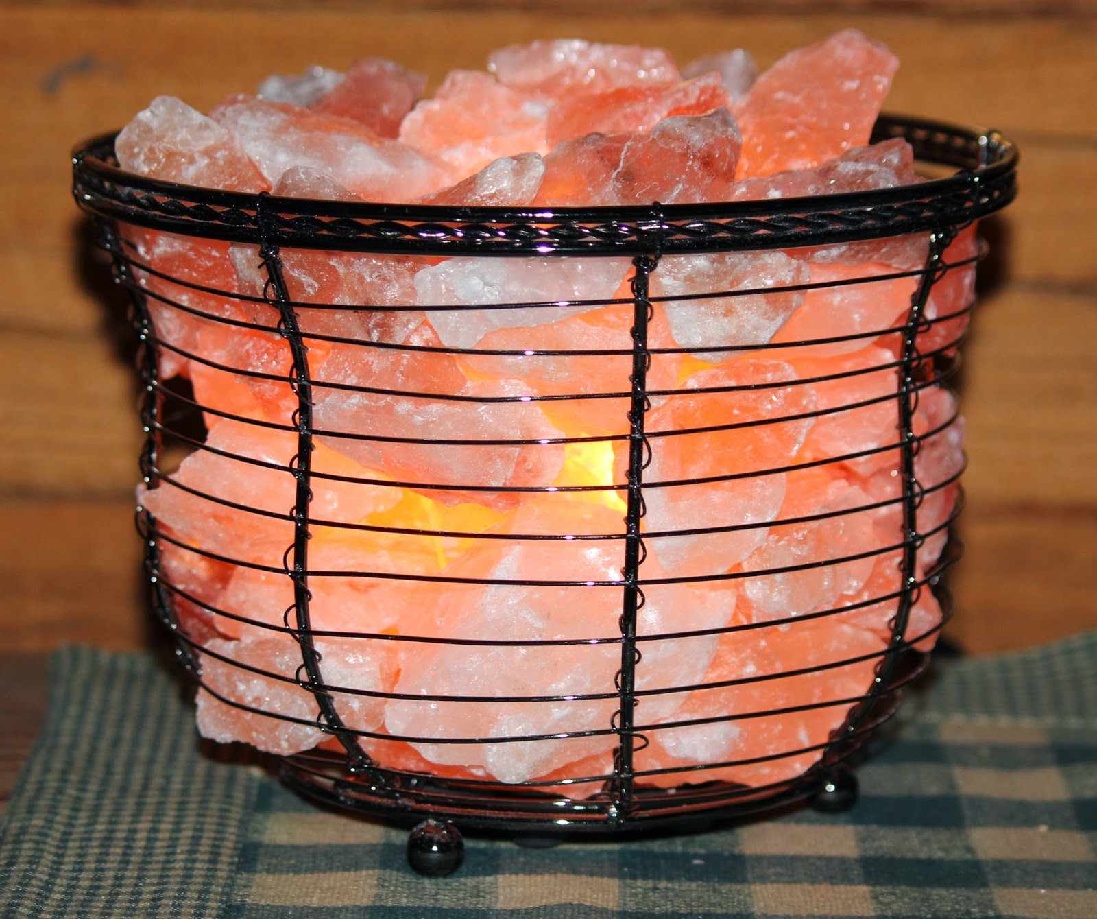 The Cabin Countess : Himalayan Salt Crystal Lamps