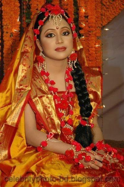 Latest+Photo+Tips+For+Looking+Hot+And+Beautiful+In+Gaye+Holud+Festival012