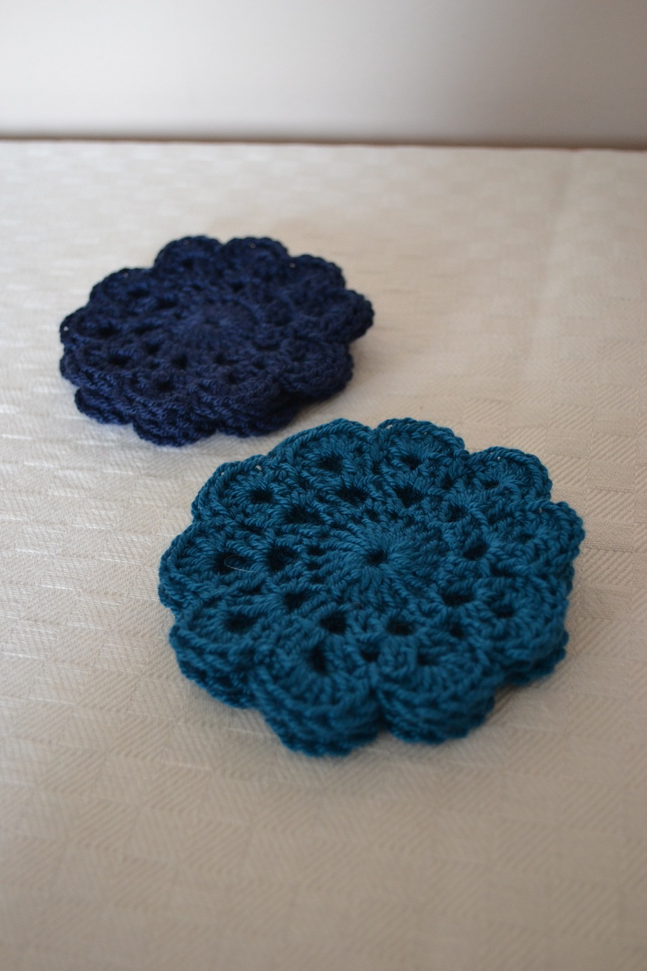 Quick Crocheting : Quick crochet coasters