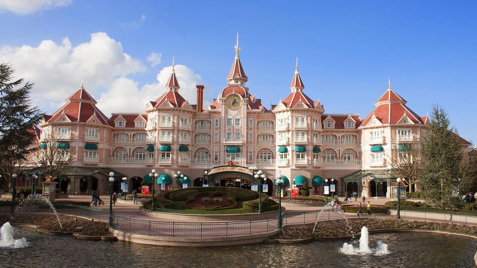 Disneyland Castle Hotel