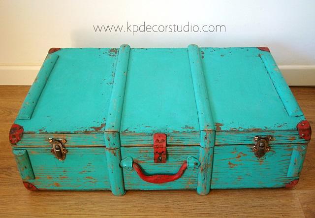 Maleta vintage. Tienda online de maletas y cajas de madera auténticas para decoración estilo nórdico