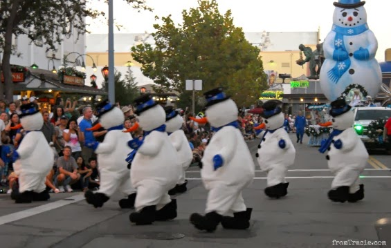 Tap-Dancing Snowmen and balloon