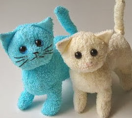 http://manualidadesreciclables.com/4906/molde-para-hacer-un-gato-de-peluche