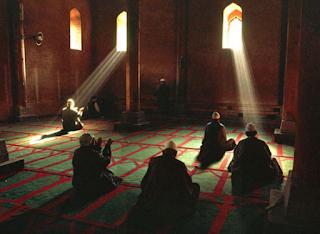 Pahala Melebihi 10 Tahun I'tikaf di Masjid Nabawi