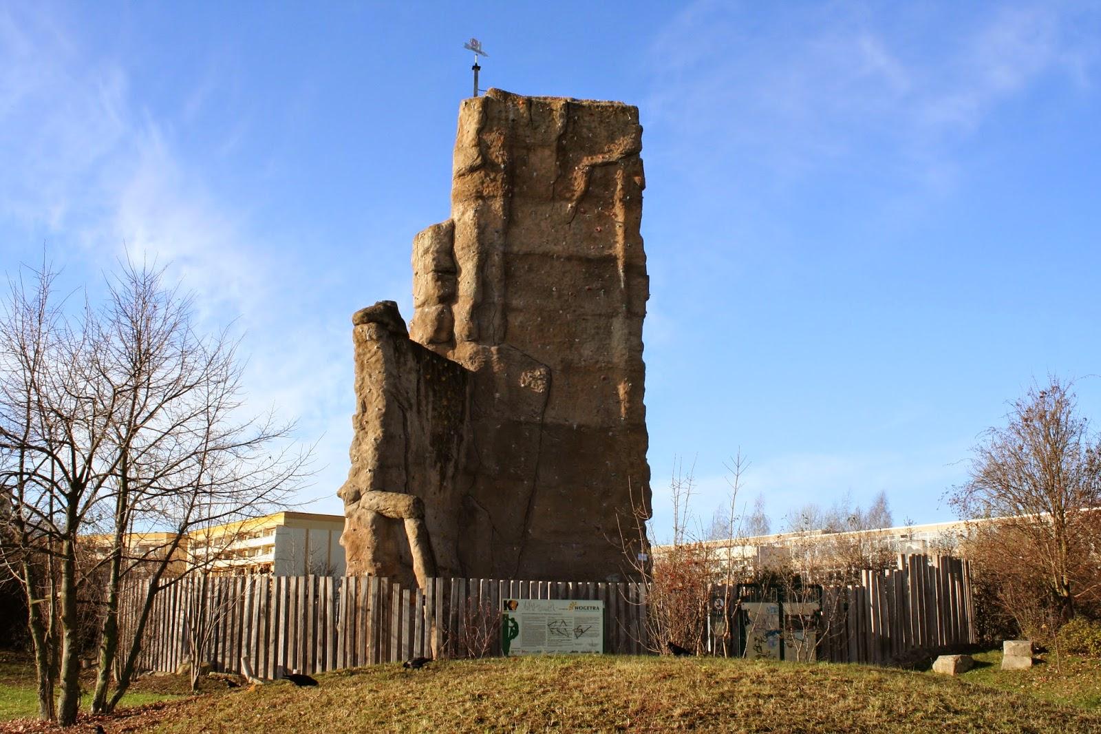 Von März bis Juli 2000 wurde der K4 gebaut, am 17. August wurde dieser Kletterfelsen eröffnet und wird vom Alpenverein Leipzig geführt, der K4 ist ein beliebtes Ziel aller Kletterer in diesem Stadteil