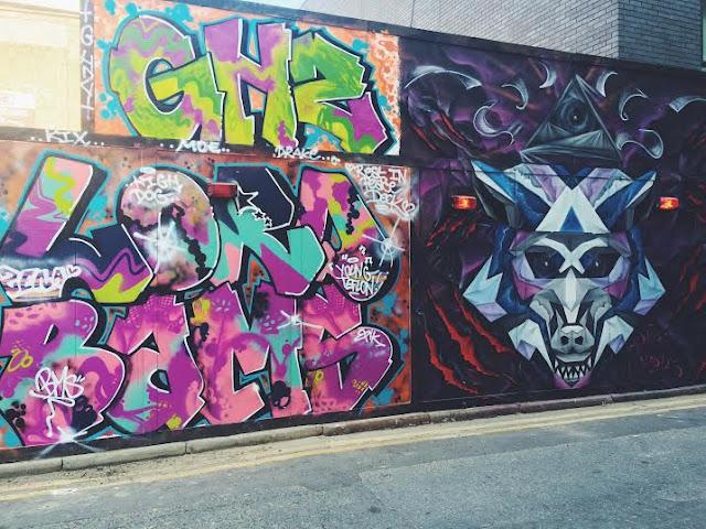 shoreditch east london graffiti street art colourful blog blogger