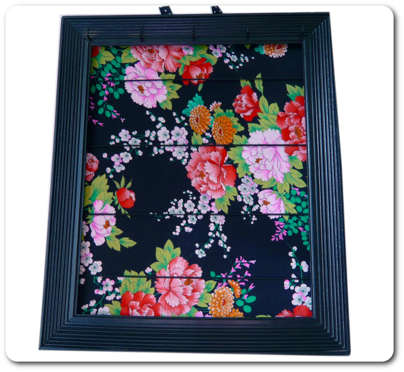 marine cr ations textiles les tableaux portes bijoux. Black Bedroom Furniture Sets. Home Design Ideas