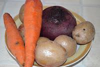 Винегрет из овощей на пару: Охладить овощи