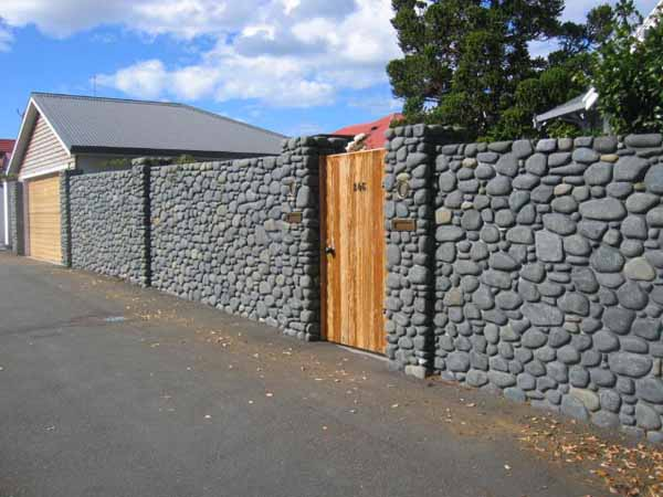 Design wood and natural stone fences FREE DESIGN NEWS