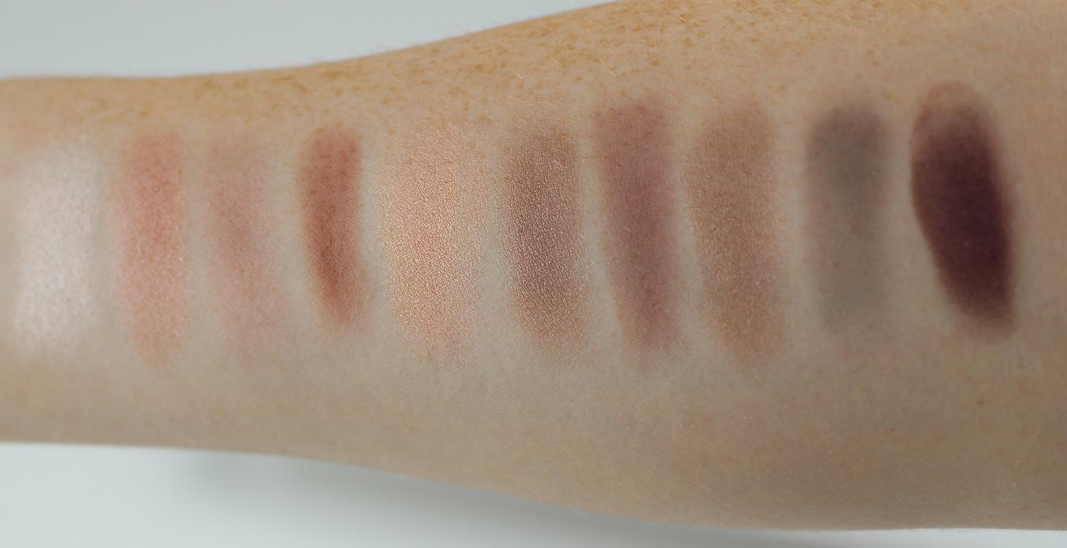 L'Oreal Paris Color Riche La Palette Nude Eyeshadow Palette Rose Swatch
