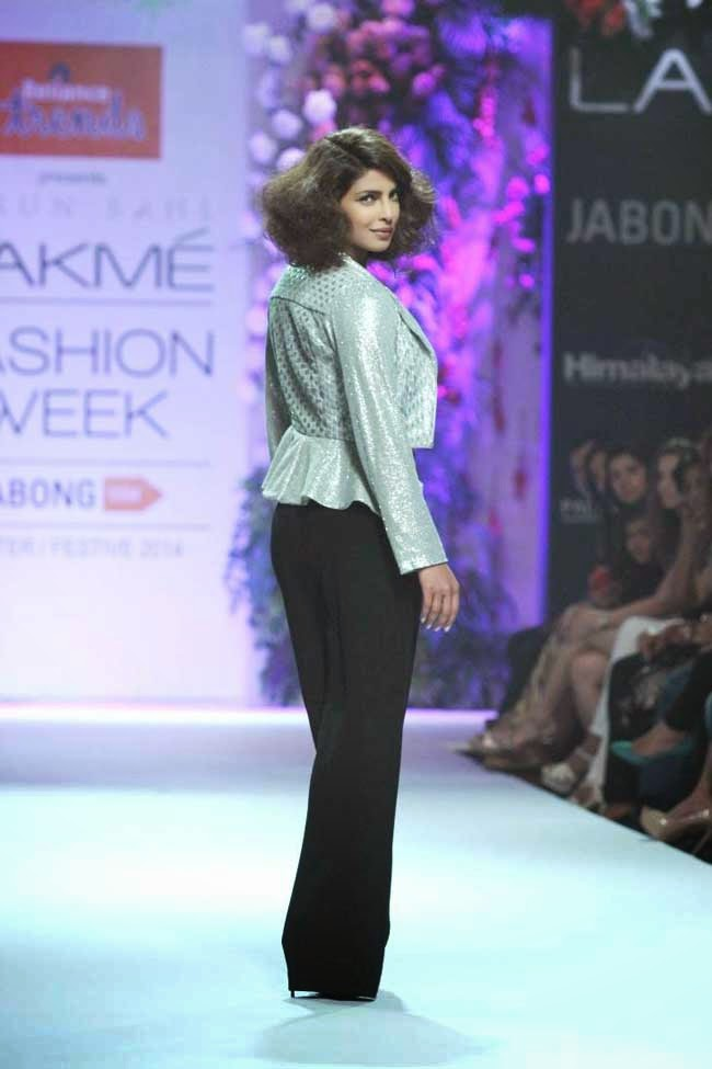 Priyanka Chopra At Lakme Fashion Week Winter/Festive 2014
