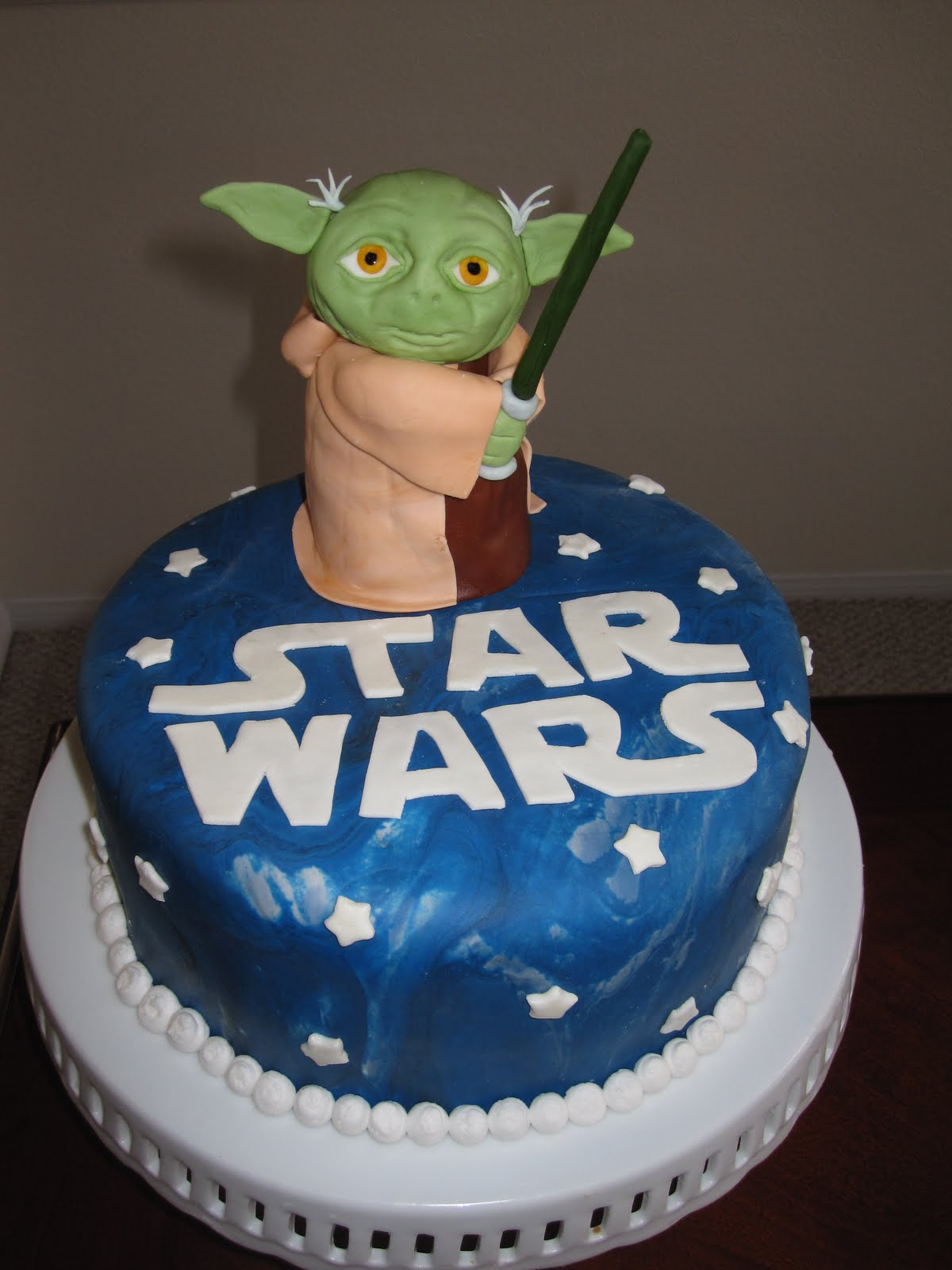 Yoda Star Wars Cake. I Made This Cake For My Sonu0027s 6th Birthday Party. This  Is A 9 Inch Lemon Cake. The Yoda On Top Is Pretty Big And Is Made Of Rice  Krispy ...