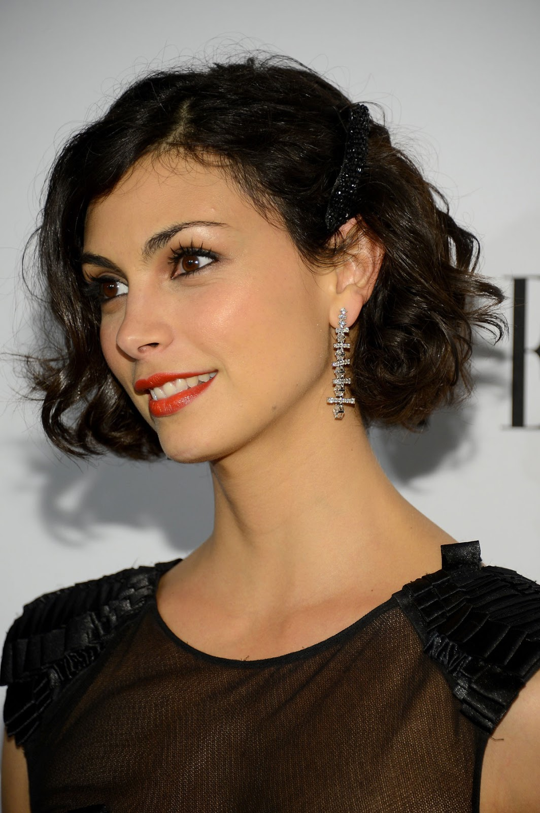 Morena Baccarin Short Hair