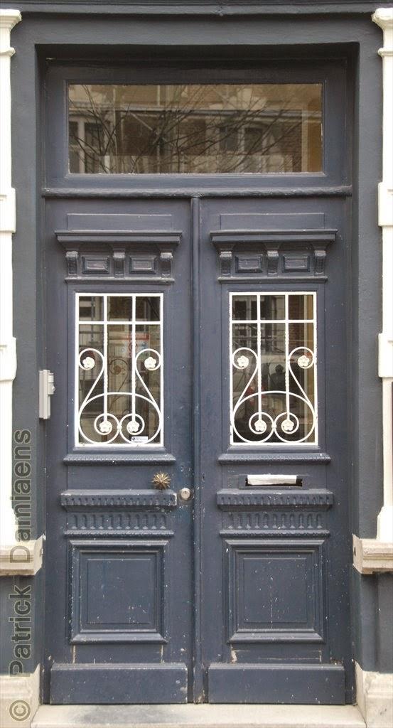 Sculpture ornementale patrick damiaens portes d entr e uniques copie d une porte d 39 entr e - Stijl ligstoelen anciennes ...