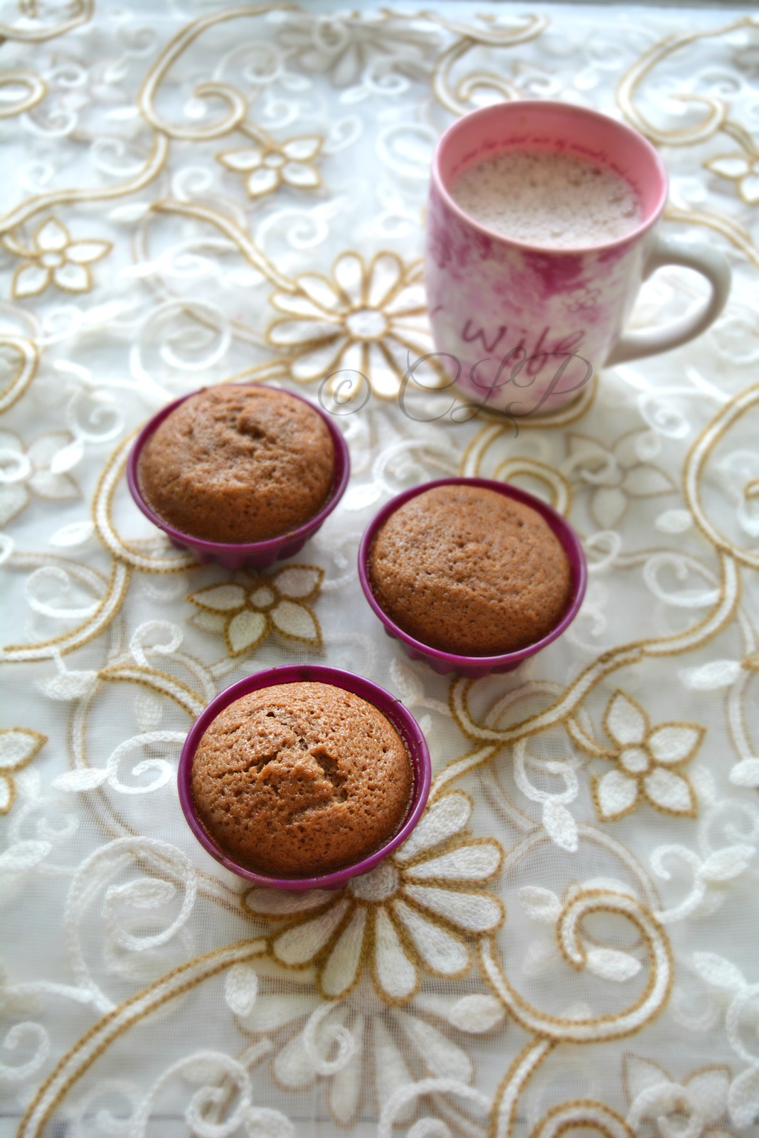Butterless honey muffins