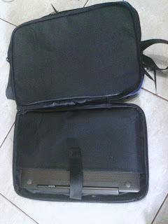 tas notebook bagian penyimpanan notebook