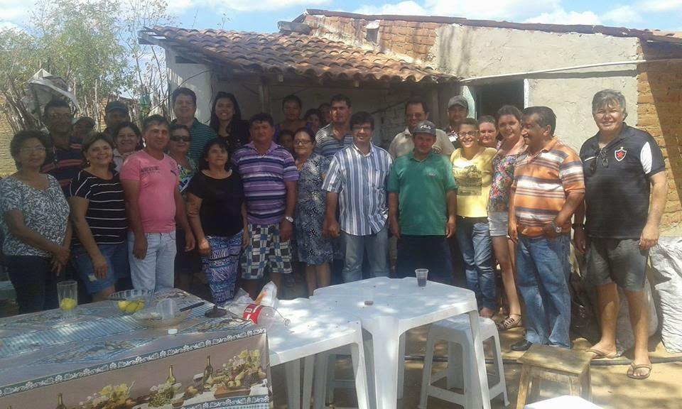 Dr. Júnior e prefeita Natália prestigiam confraternização da família Bernardo em Ouro Velho