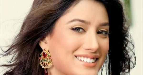 top highest paid pakistani actress   mehwish hayat watch