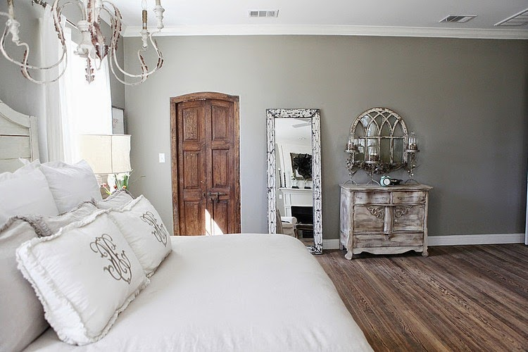 domek na wsi, domek wiejski, białe wnętrza, dom, wystrój wnętrz, sypialnia, shabby chic