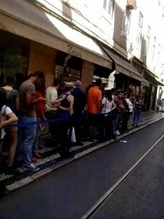 Fila para as galerias Romanas em Lisboa - Rua da Prata