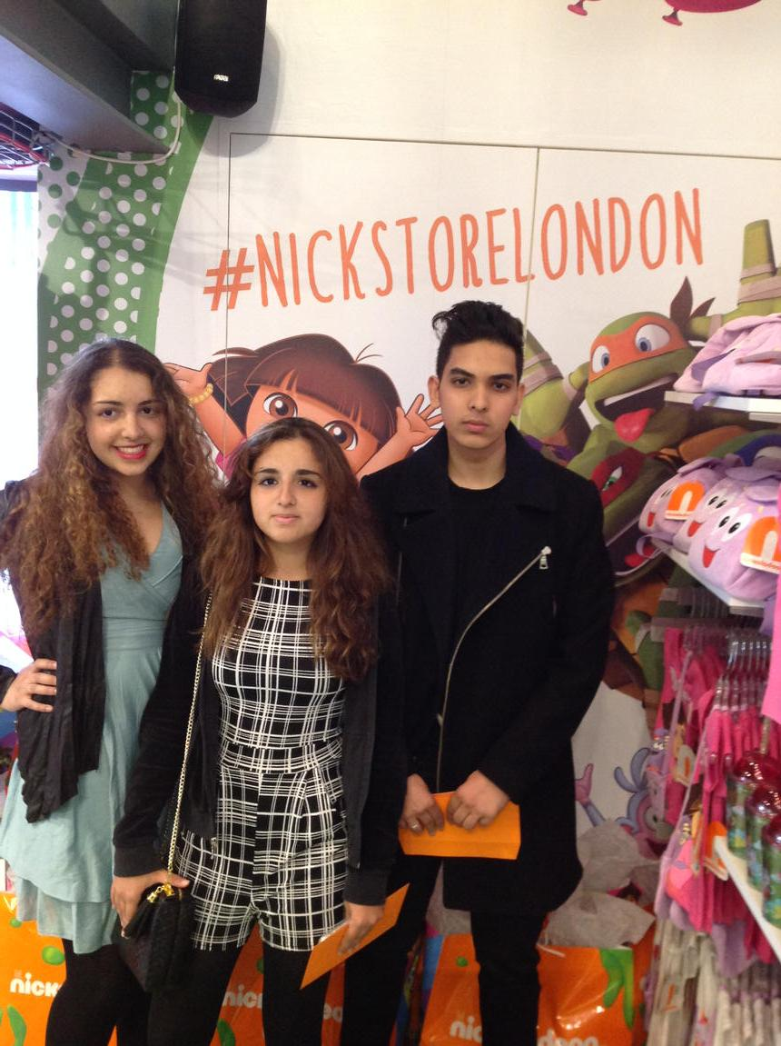 nickstorelondon the first of our guests are through the door exgodfather mik a eel nickstore 5 55pm