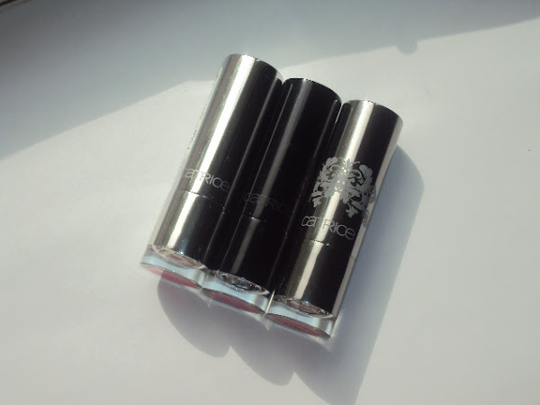 Catrice lipsticks C01 Colour Bomb, 200 More Is More, 220 Mrs Brightside.