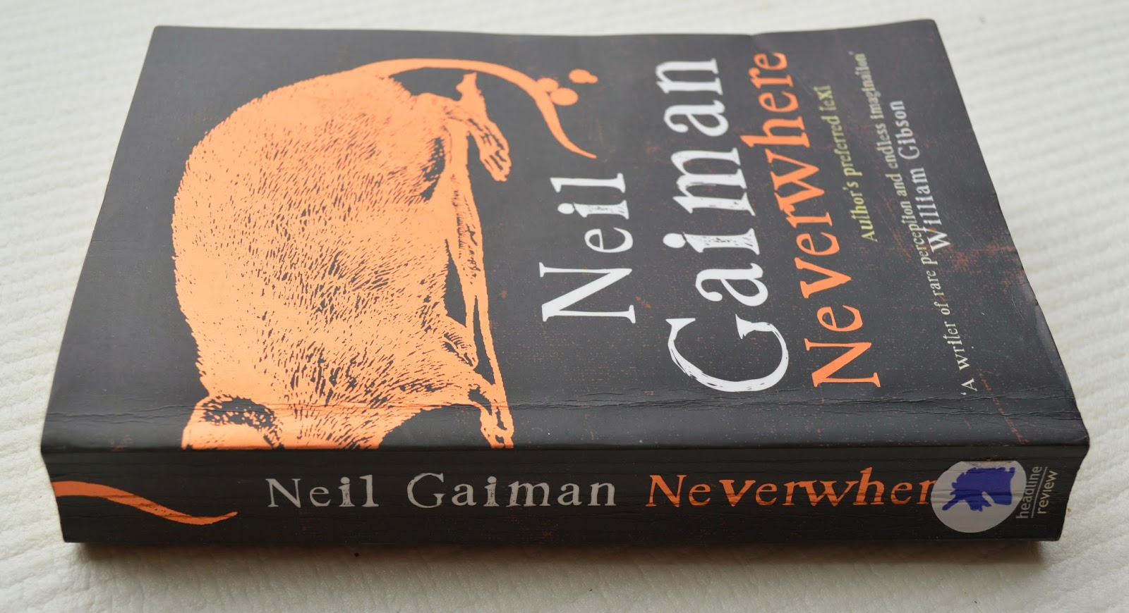 London, LondonBelow, Neil Gaiman, Neverwhere, review, paperback, UK edition, book cover, fantasy, magic, Door, Richard, floating market, fiction, tube station, Angel Islington