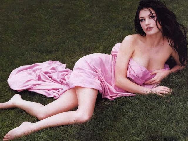 Catherine Zeta Jones  sexy in pink dress fashion