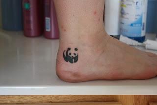 Modele Petit Tatouage Femme Panda Pied