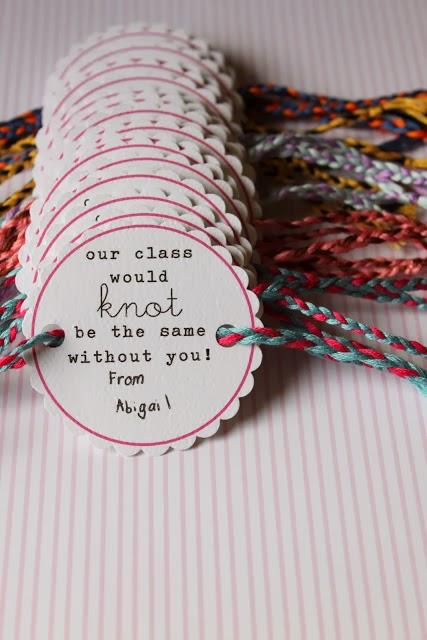 Dandee: Friendship Bracelet Valentines