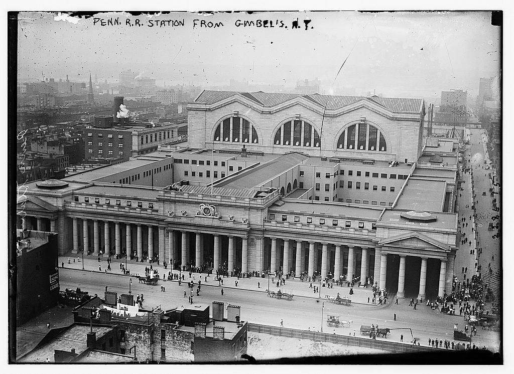 black amp white photos of pennsylvania station in the 1910s