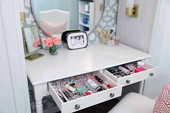 Not That Putting On My Makeup In The Bathroom While Rummaging Through My  Makeup Bag Was All That Bad... But There Is Something Magical About A  Vanity.