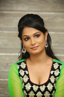 Telugu Actress Sonali Latest  Pictures (6).jpg