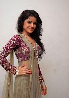 Pia Bajpai in Gorgeous Anarkali Suit Must see beauty
