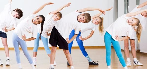 fisik seperti senam aerobik memiliki banyak manfaat. Tidak hanya untuk ...