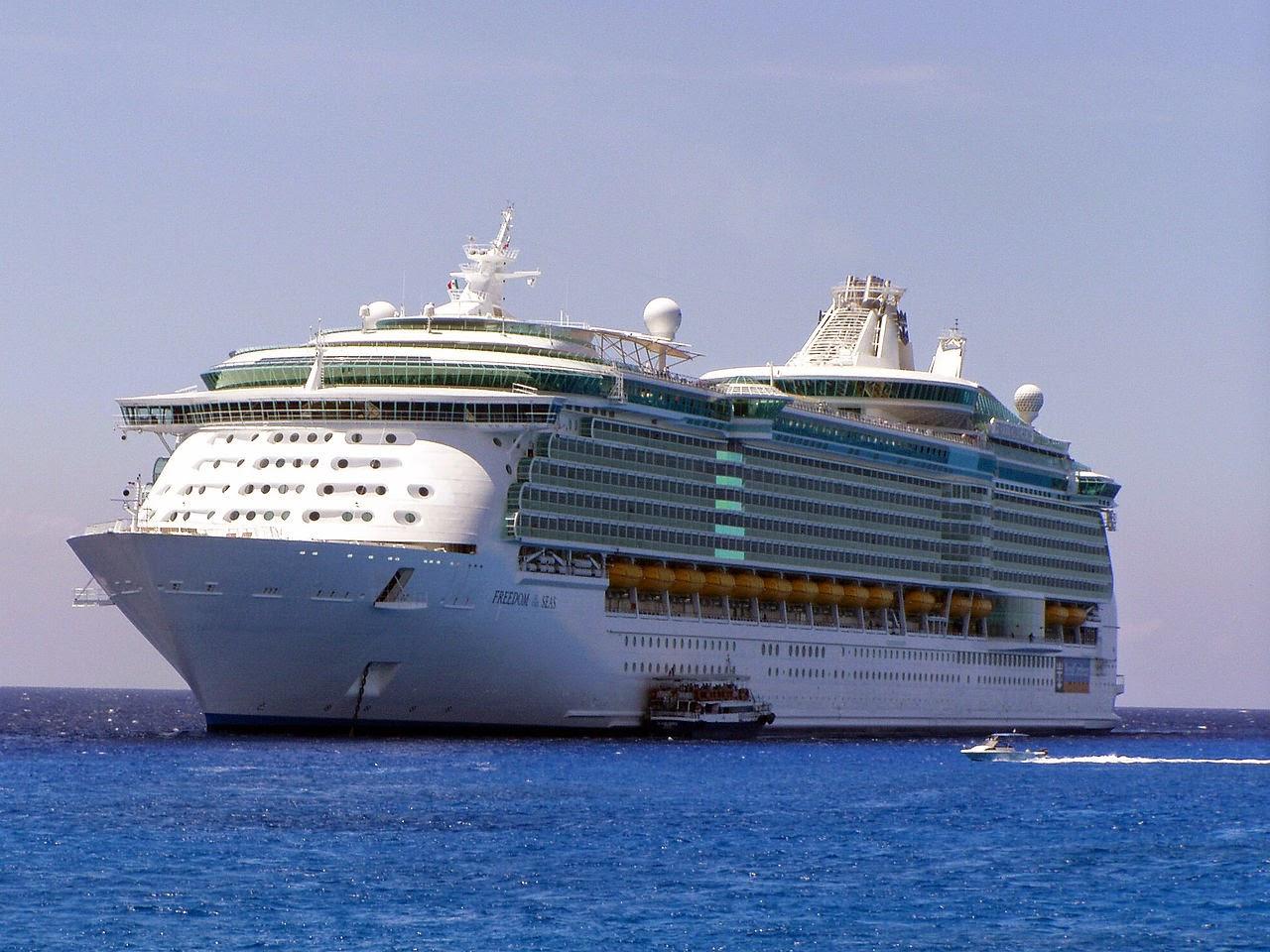 Dicas para evitar enjoos e náuseas ao viajar em um navio de cruzeiro marítimo e outras embarcações