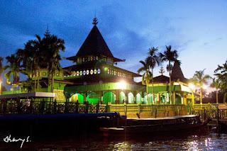 masjid sultan suriansyah - kalsel