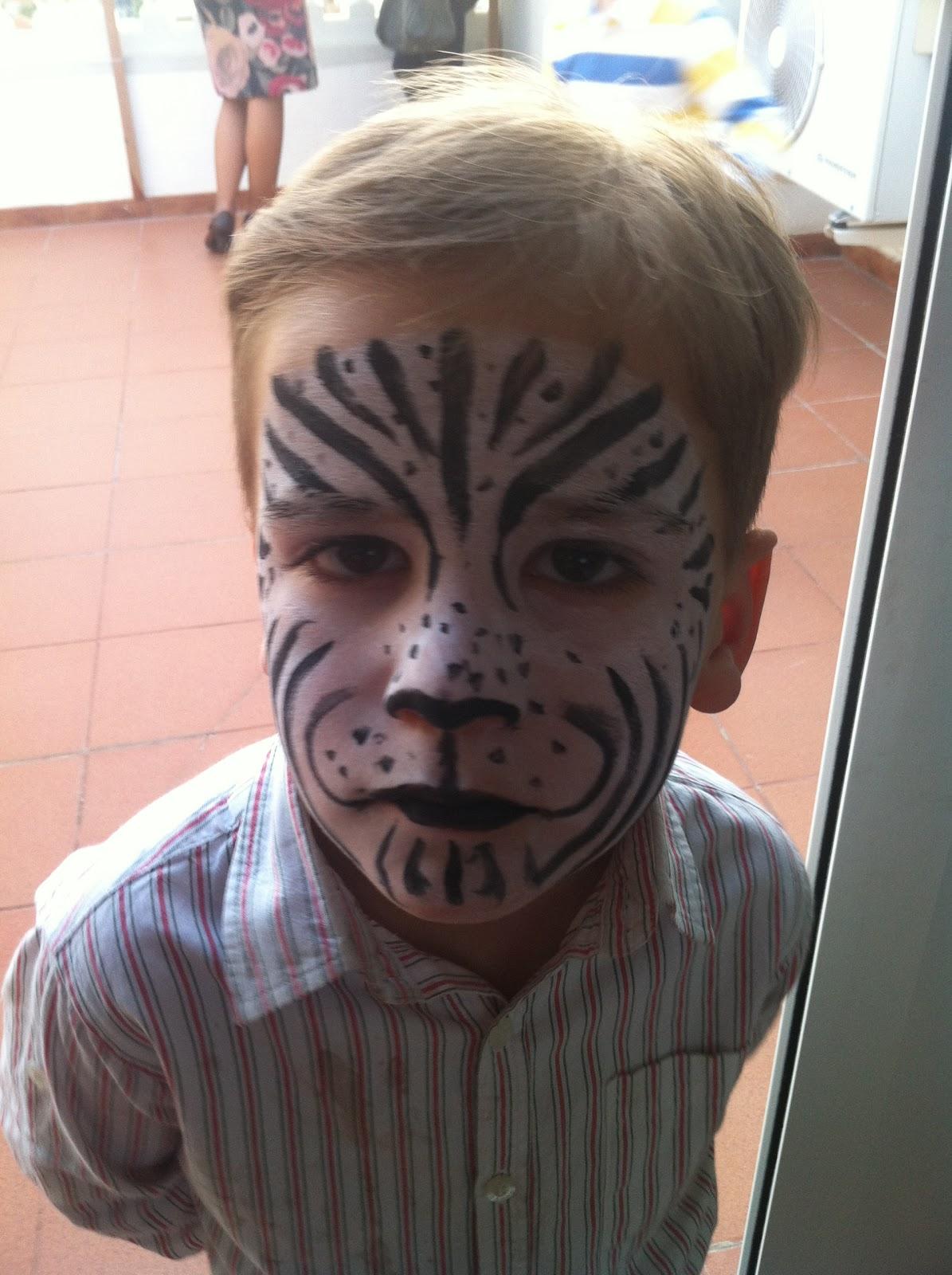 Sara dom nguez maquillaje de animales for Cara pintada diablo