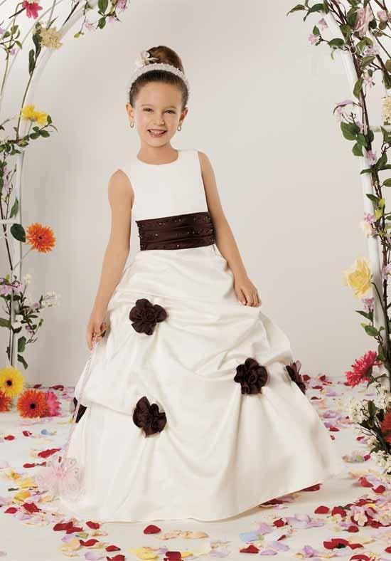 Alternative wedding dresses flower girls for Flower girls wedding dress