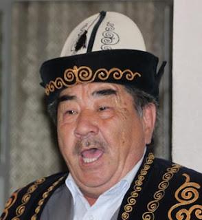 manaschi kyrgyzstan, kyrgyzstan art craft tour