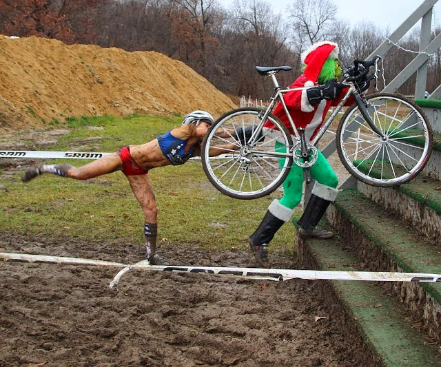 2013-11-27+Bicycle+Friends+CX+Grinch.jpg