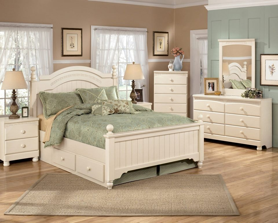 Beautiful bedrooms luxury lifestyle design for Cream furniture bedroom ideas