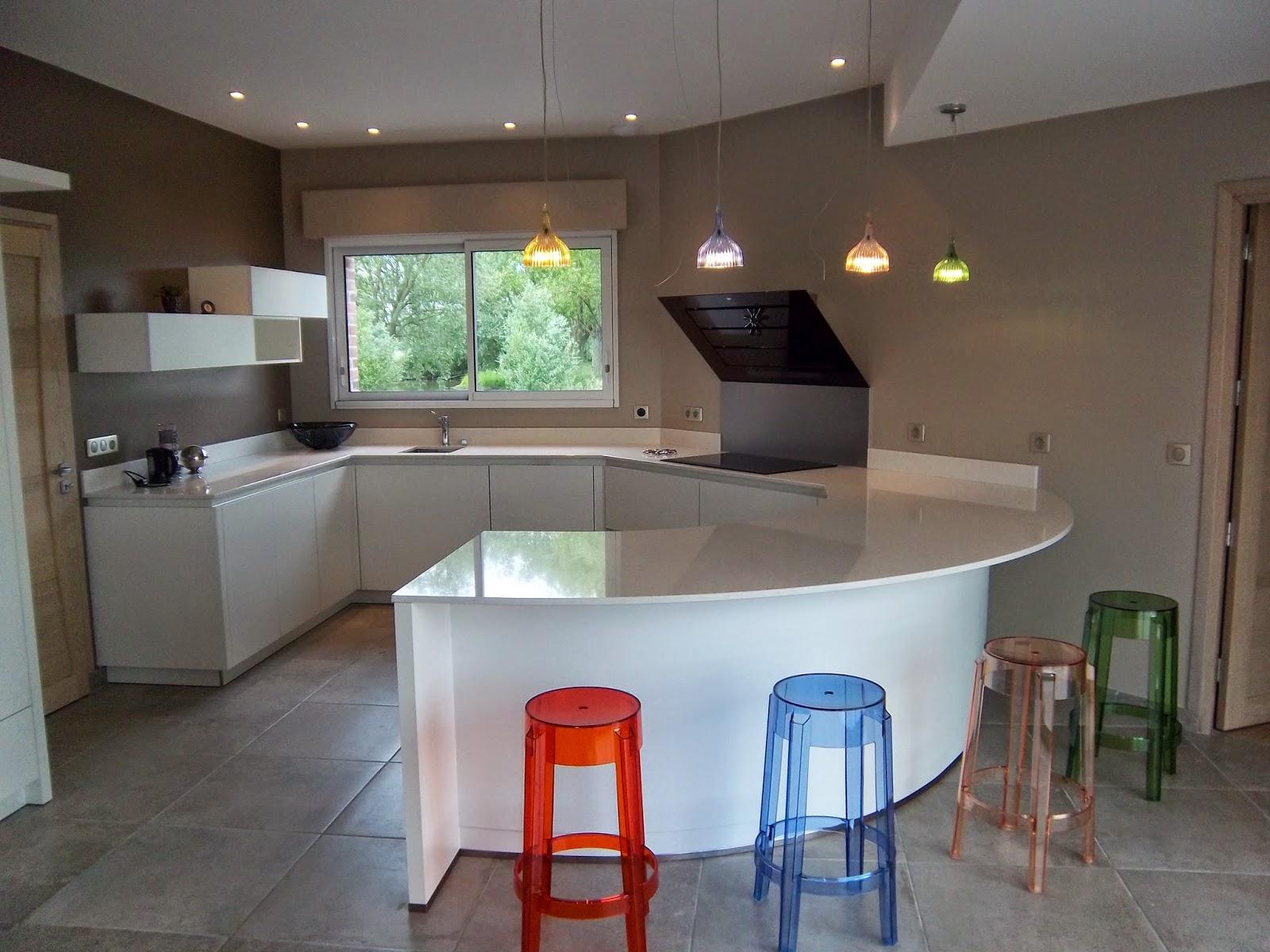 realisations dressings cuisines salles de bains refection de si ges et meubles sur mesure juin. Black Bedroom Furniture Sets. Home Design Ideas