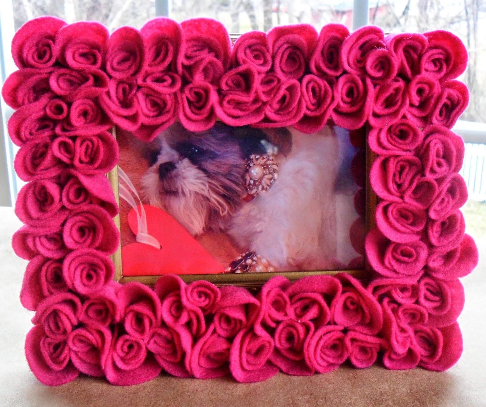 lindas e coloridas flores de feltro