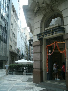 Metrô São Bento - India! Centro Cultural Banco do Brasil Fachada
